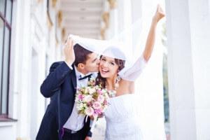 マッチングアプリと結婚相談所を比較。どちらが効果的?